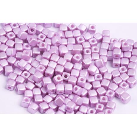 Korálky 4315 (4 mm)